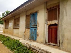 6 bedroom Detached Bungalow House for sale Johnson Awe Area,Oluyole Extension, Oluyole Estate Oluyole Estate Ibadan Oyo