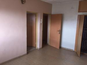 3 bedroom Blocks of Flats House for rent Church st Fola Agoro Yaba Lagos