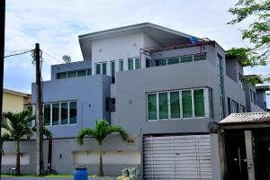 4 bedroom Semi Detached Duplex House for sale Inside Magodo Phase 2 G R A Magodo GRA Phase 2 Kosofe/Ikosi Lagos