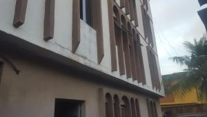 3 bedroom Flat / Apartment for rent Oshodi Oshodi Expressway Oshodi Lagos