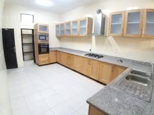 5 bedroom Office Space Commercial Property for rent Parkview Estate Ikoyi Lagos