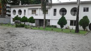 10 bedroom Commercial Property for sale Off Adeola Odeku Street. Adeola Odeku Victoria Island Lagos