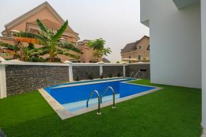 5 bedroom Detached Duplex House for sale Arcadia Groove Estate off Jakande; Osapa london Lekki Lagos