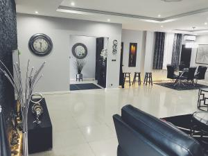 3 bedroom Boys Quarters Flat / Apartment for shortlet Old Ikoyi Ikoyi Lagos