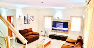 3 bedroom Flat / Apartment for shortlet Niyi Okunubi, Off Admiralty Way Lekki Phase 1 Lekki Lagos