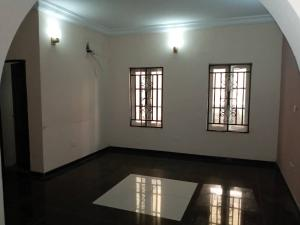 2 bedroom Shared Apartment Flat / Apartment for rent Onike Yaba Lagos