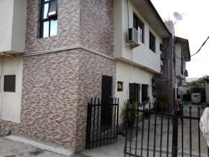 3 bedroom Blocks of Flats House for rent Off ajayi aino Ifako-gbagada Gbagada Lagos