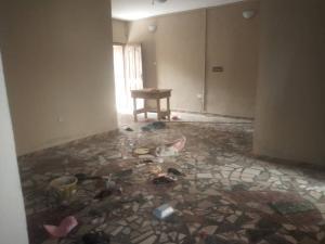 3 bedroom Flat / Apartment for rent Adekinle Adekunle Yaba Lagos