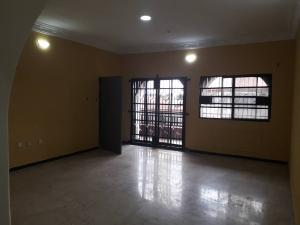 3 bedroom Flat / Apartment for rent Off Alidada bus stop Ago palace Okota Lagos