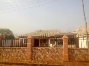 3 bedroom Flat / Apartment for sale behind living faith church mahuta extension. Kaduna South Kaduna