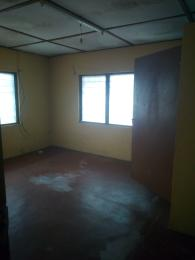 3 bedroom Blocks of Flats House for rent Oni and Son  Ring Rd Ibadan Oyo
