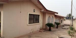 3 bedroom House for rent Ajadi Ologuneru  Eleyele Ibadan Oyo