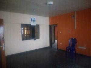 3 bedroom Flat / Apartment for rent in a very Good Neighborhood Akoka Yaba Lagos