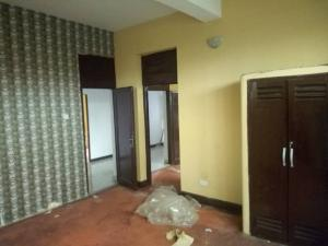 3 bedroom Blocks of Flats House for rent Off yabatech road  Yaba Lagos