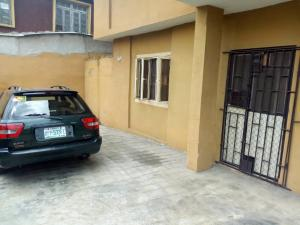 2 bedroom Blocks of Flats House for rent Apata Shomolu Lagos