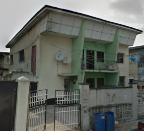 4 bedroom Flat / Apartment for sale 7 Buriamoh Street Obanikoro Shomolu Lagos