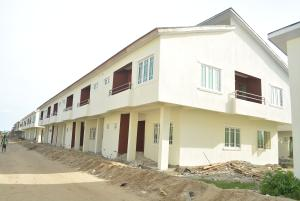 4 bedroom House for sale Meridian Luxury Park; Awoyaya Bus stop LBS Ibeju-Lekki Lagos