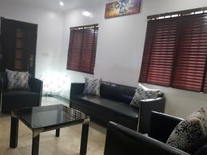 2 bedroom Detached Bungalow House for shortlet Dideolu Court OGBA GRA Ogba Lagos
