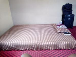1 bedroom mini flat  Self Contain Flat / Apartment for rent Obokun Avenue Berger Ojodu Lagos