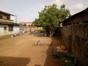 House for sale Oladunmade close  Idimu Egbe/Idimu Lagos
