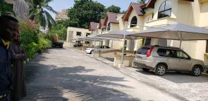 Blocks of Flats House for sale WAZIRI IBRAHIM OFF ADEMOLA ODEKUN Adeola Odeku Victoria Island Lagos