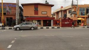 House for sale bode thomas  Surulere Surulere Lagos