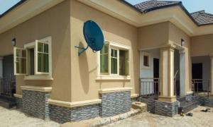5 bedroom Detached Bungalow House for sale Erediawa Street, Off Sapele Road Oredo Edo