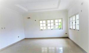 4 bedroom Shared Apartment Flat / Apartment