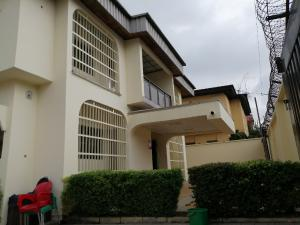 4 bedroom House for rent Anthony h Maryland Lagos