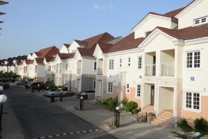 6 bedroom Detached Duplex House for sale Galadinmawa Abuja