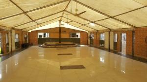 6 bedroom Commercial Property for sale shomolu Yaba Lagos