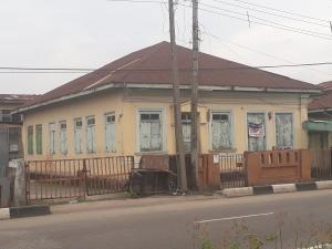 10 bedroom House for rent - Adekunle Yaba Lagos