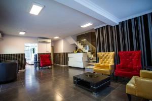 Hotel for sale BALOGUN OFF LAGOON HOSPITAL AWOLOWO WAY IKEJA Balogun Ikeja Lagos