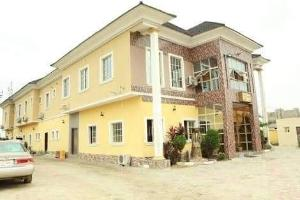 10 bedroom Hotel/Guest House Commercial Property for sale Off Lekki-Epe Expressway Ajah Lagos