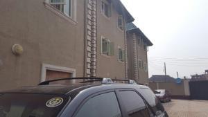 2 bedroom Flat / Apartment for rent Adewale estate Oshodi Expressway Oshodi Lagos