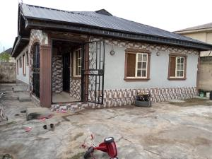 3 bedroom Flat / Apartment for sale Magboro. Ogun State  Magboro Obafemi Owode Ogun