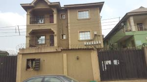 3 bedroom Flat / Apartment for rent Agboola street, Mafoluku Oshodi  Mafoluku Oshodi Lagos