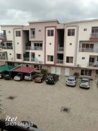 3 bedroom Blocks of Flats House for rent Ojodu grammar school in a close. Berger Ojodu Lagos