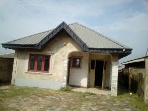 3 bedroom Blocks of Flats House for rent Ibafo along ebute road Gideon estate. Ibafo Obafemi Owode Ogun