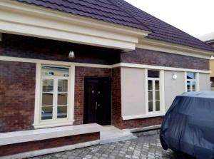 3 bedroom Detached Bungalow House for sale Thomas estate Ajay Lagos. Thomas estate Ajah Lagos