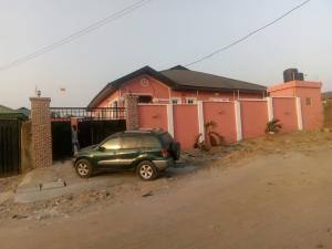 4 bedroom Detached Bungalow House for sale ALONG IGODO ROAD  Magboro Obafemi Owode Ogun