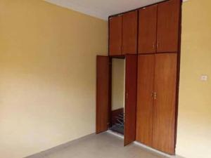 4 bedroom Flat / Apartment