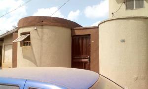 3 bedroom Flat / Apartment for sale Idimu Ejigbo Estate. Lagos Mainland  Ejigbo Ejigbo Lagos