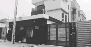 Detached Duplex House for sale Off admiralty way lekki phase 1 Lekki Phase 1 Lekki Lagos
