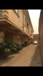 2 bedroom Blocks of Flats House for rent Ikorodu road(Ilupeju) Ilupeju Lagos