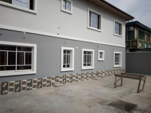 2 bedroom Flat / Apartment for rent off Cole street, by Olufemi off Ogunlauna Drive Ogunlana Surulere Lagos