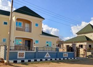3 bedroom Detached Duplex House for sale FEDERAL HOUSING  Lugbe Abuja