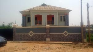 3 bedroom Semi Detached Duplex House