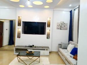 1 bedroom mini flat  Mini flat Flat / Apartment for shortlet Off admirathy way lekki phase 1  Lekki Phase 1 Lekki Lagos