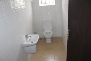 1 bedroom mini flat  Mini flat Flat / Apartment for sale Chevyview Estate, chevron Lekki Lagos